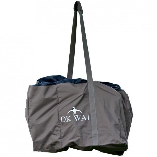 Die Transporttasche verstaut die Lockgänse sicher und lässt sich auf der Gänsejagd gut transportieren.