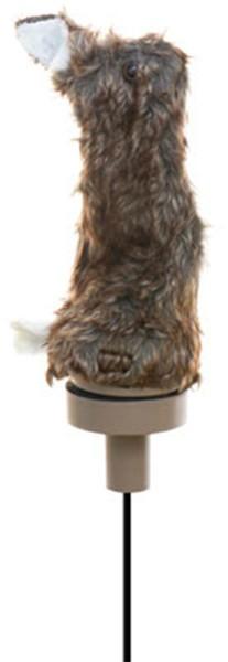 Der Zitterhase ist auf der Fuchsjagd weit sichtbar und für guten Halt mit einem festen Metallspieß ausgestattet