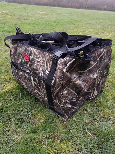 Die Trage Tasche schützt auf der Krähenjagd den Flock der Lockvögel über die separate Aufbewahrung.